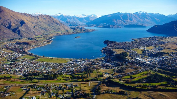 Buy a house in Queenstown Wanaka Arrowtown Buyers Agent NZ real estate